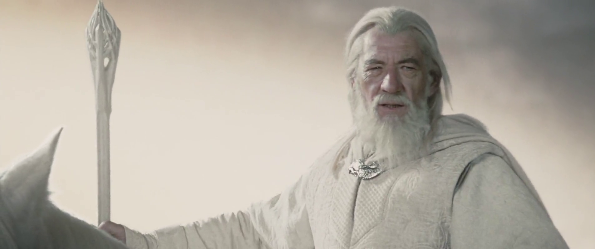 Gandalf_the_White_returns
