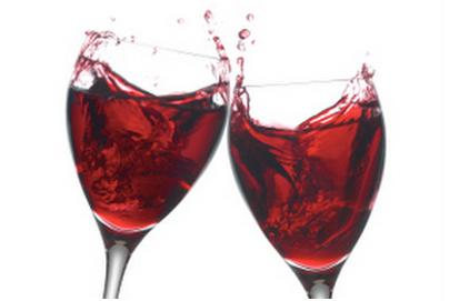 Figura 1 calici di vino