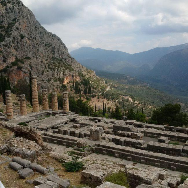 Resti del Tempio di Apollo a Delfi - Foto ©Cecilia Martino
